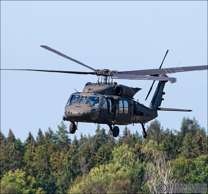 Sikorsky UH-60 Black Hawk (helikopter 16)